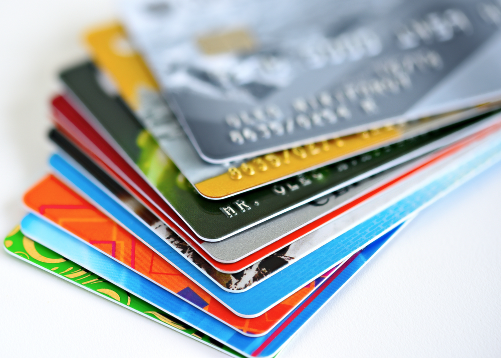 Things to Know Before you Become a Credit Card Holder