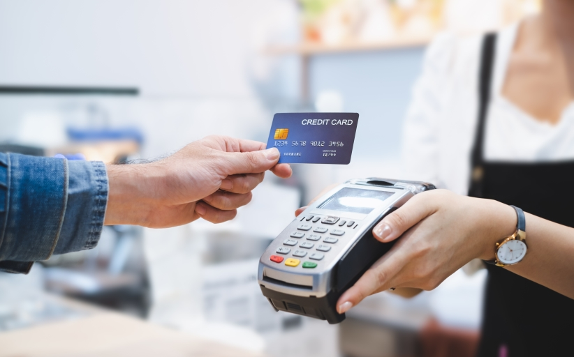 How to set up different credit card payment options?