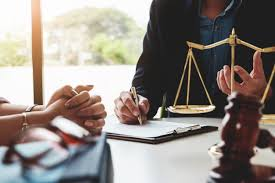 Legal Counsel vs. Lawyer | Difference Legal Counsel vs Lawyer