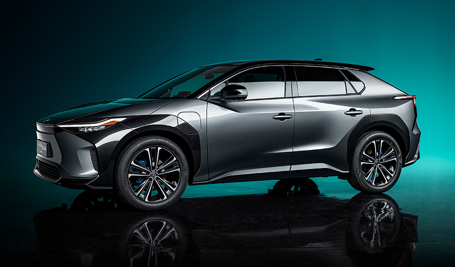 AWD TOYOTA BZ4X The concept of electric vehicles gets official